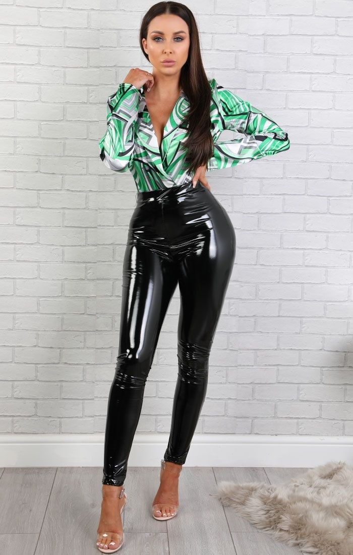 wet pussy in green pants