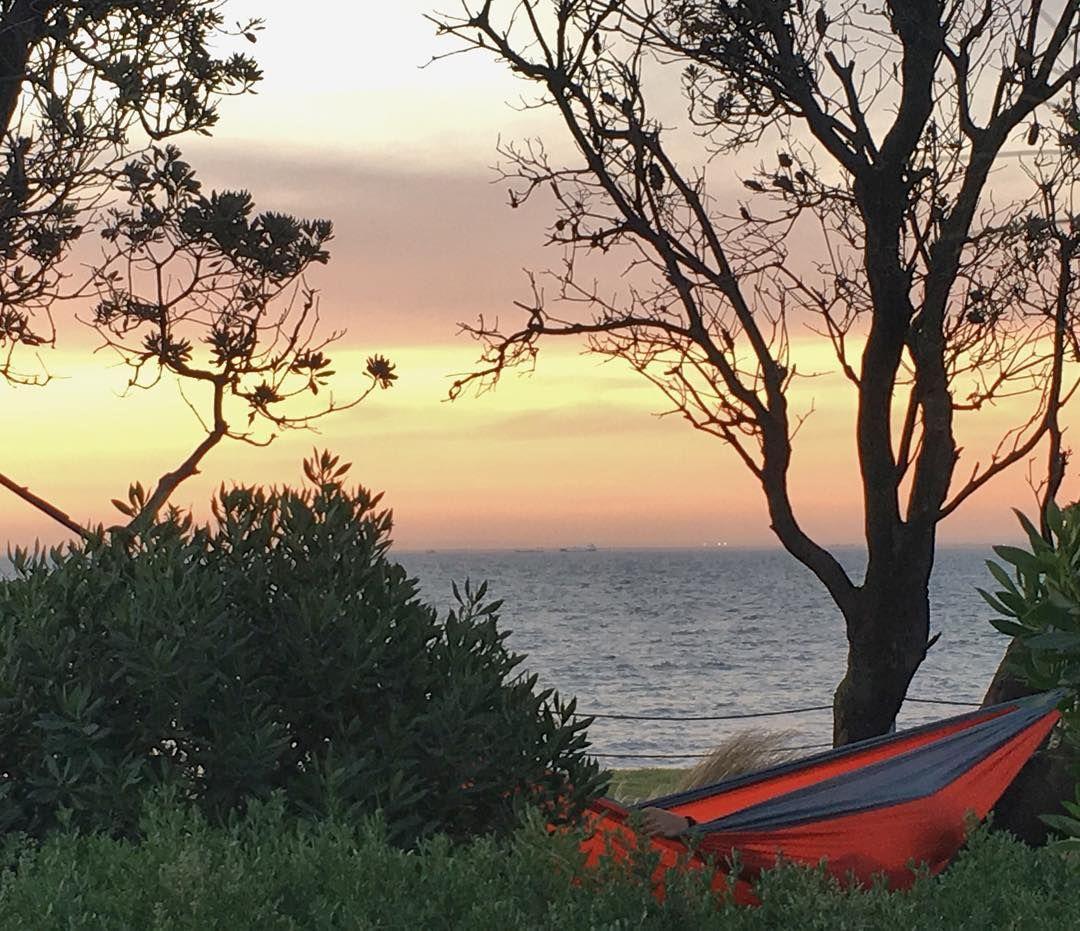 #Sunset over #Melbourne #Bayside  #diphammocks #hammocks #hammockanywhere #hammocklife #getoutandhammock by @diphammocks
