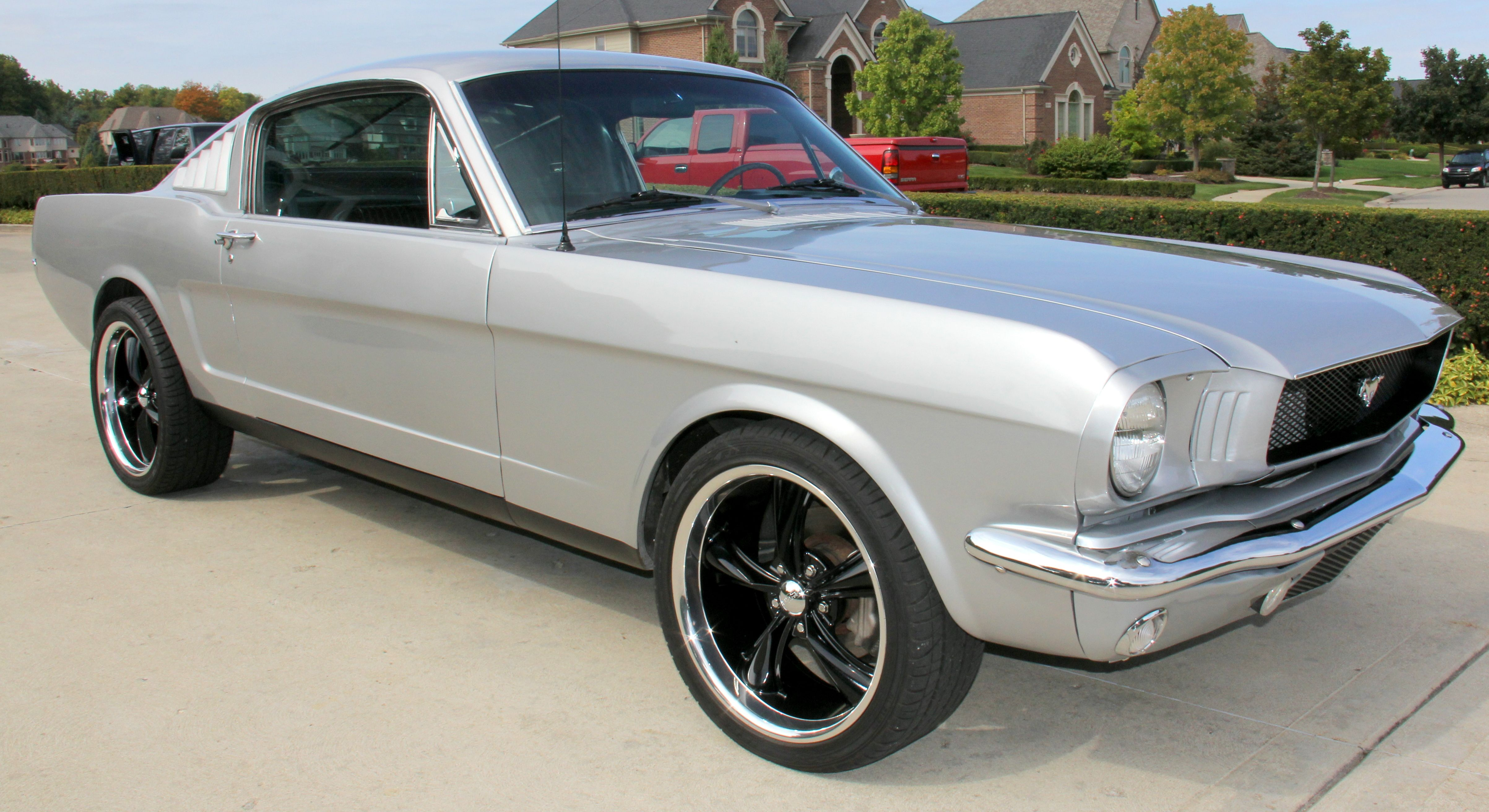 1966 Ford Mustang Fastback – Restomod 1993 Mustang 5 0l Engine T5