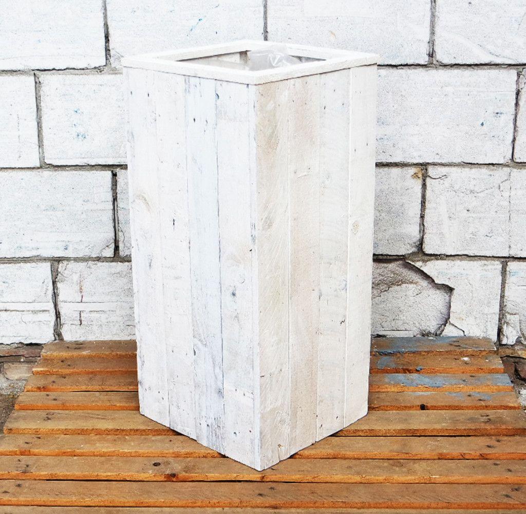 Christa Ocean White houten plantenbak gemaakt van gerecycled hout.