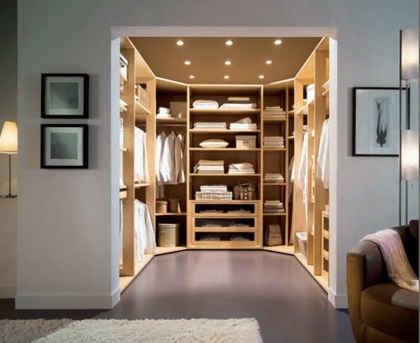sch ne beleuchtung im kleiderschrank wohnideen. Black Bedroom Furniture Sets. Home Design Ideas