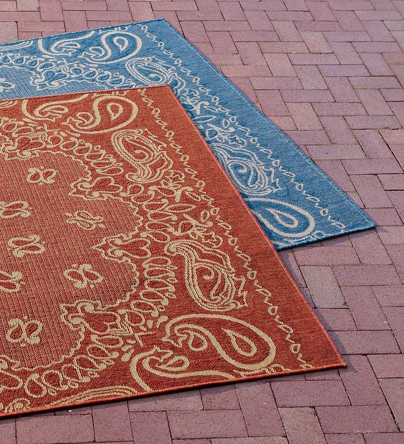 Outdoor Rug In Blue Or Red Bandana