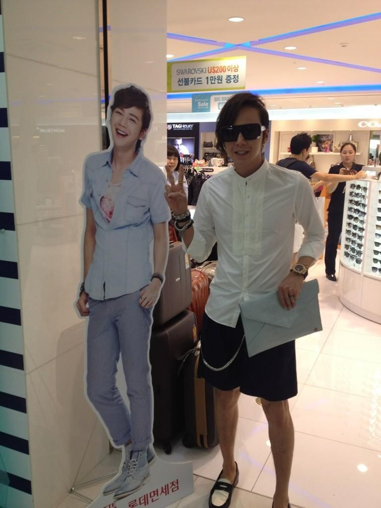 10 Magnificent Times Korean Celebrities Posed With Their Own Cardboard Cutouts