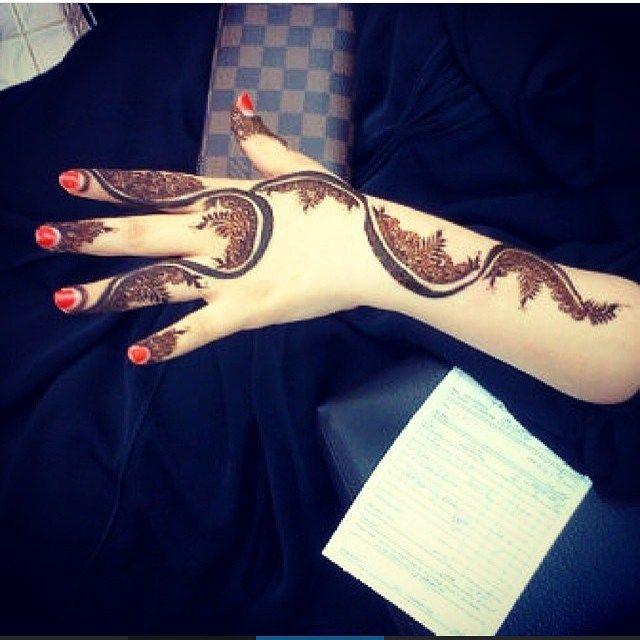 Pin By Sulbha Mimani On My Saves Henna Mehndi Designs Henna Mehndi