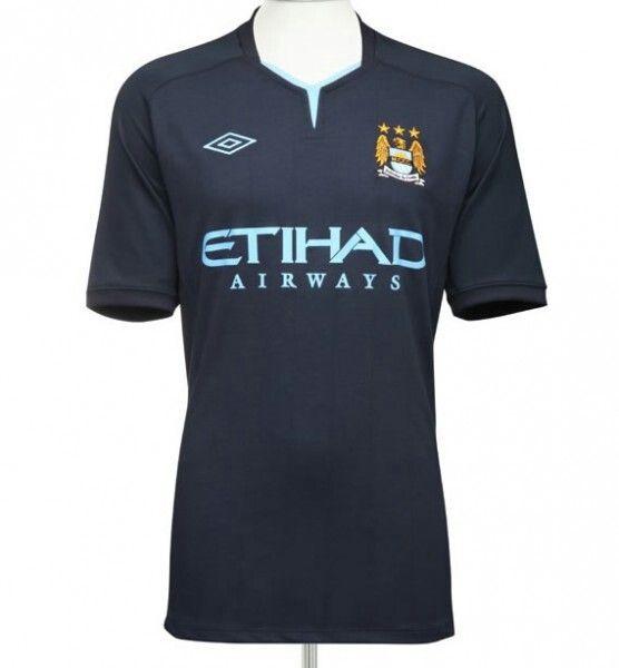 Man city away kit 10-11