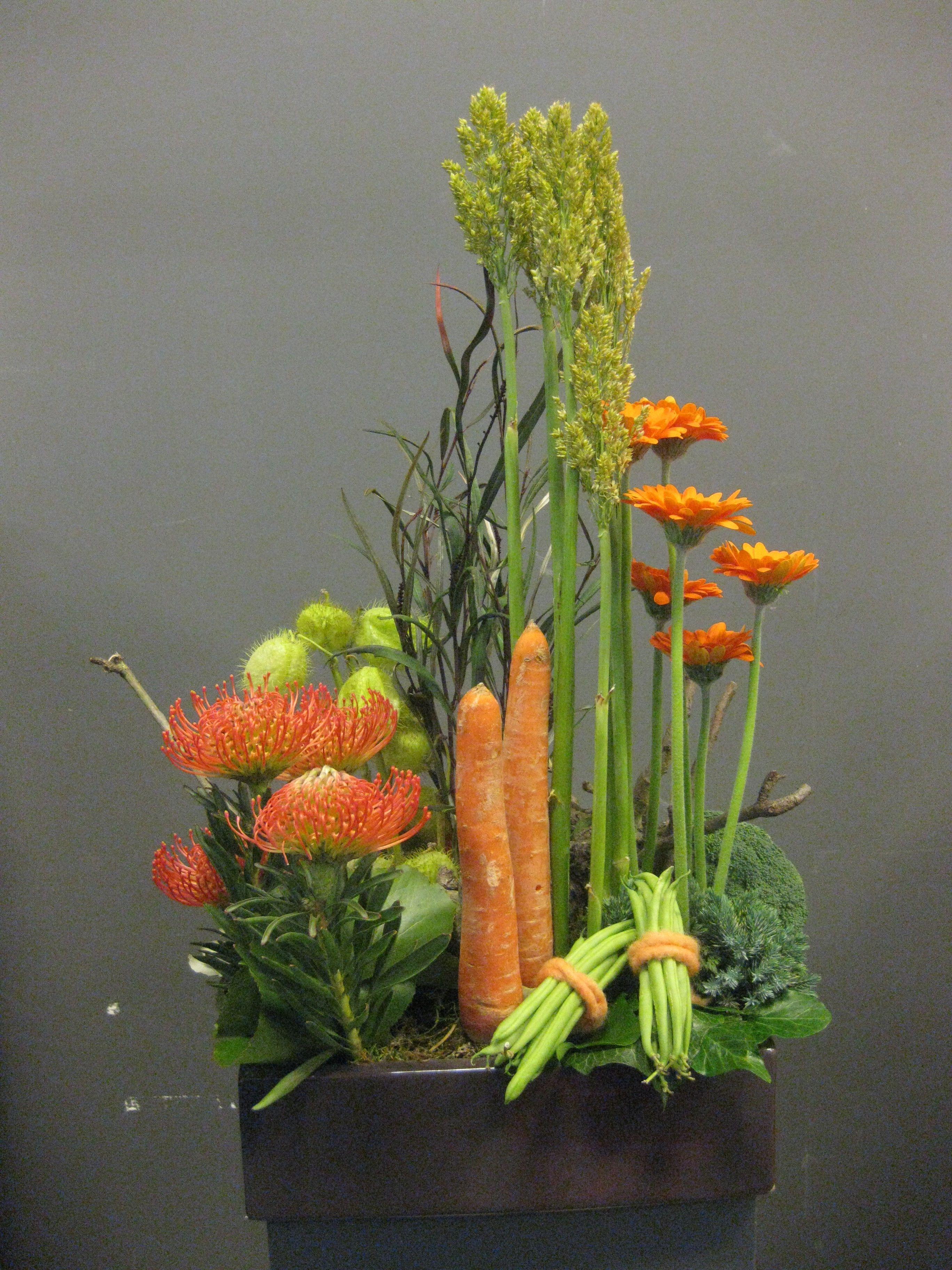 Flower Arrangements Parallel Made By Menno, Als Groepjes Verwerkt Kan