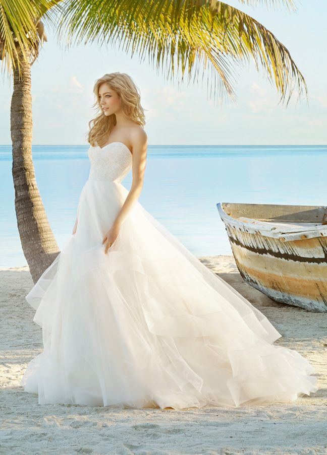 Maisie Ivory Lace And Tulle Bridal Ball Gown Sculpted Natural