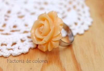 Rings - Anillos Flowers Roses Lucite
