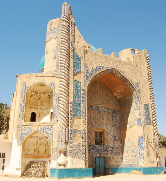 Ruins of the Masjid Sabz in Balkh, Afghanistan. After Tamerlane's death in 1405, his empire fell apart with various tribes and warlords competing for dominance. The Black Sheep Turkmen destroyed the western empire in 1410 when they captured Baghdad, but in Persia and Transoxiana, Shāhrukh was able to secure effective control around the year 1409. His empire controlled the main trade routes between East and West, including the legendary Silk Road, and became immensely wealthy as a result.