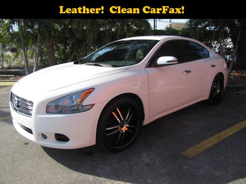 Nice, cleanlooking 2009 NISSAN MAXIMA Fort Lauderdale