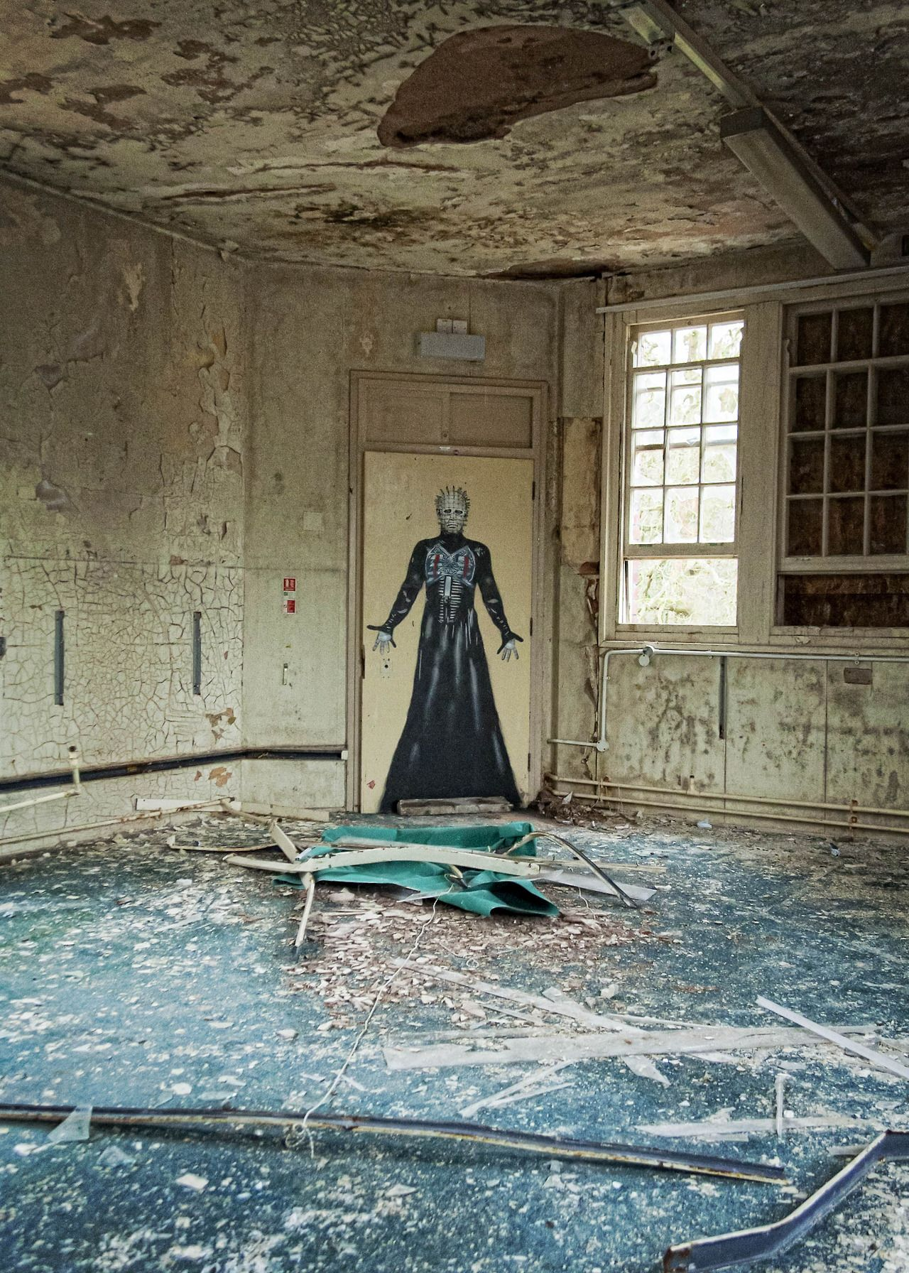 Abandoned mental hospital in Bristol. @Elissa Eblin ...