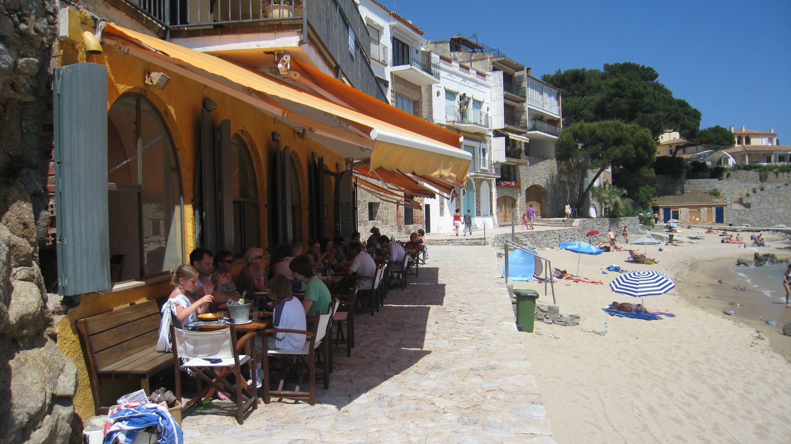 Calella Bars And Restaurants