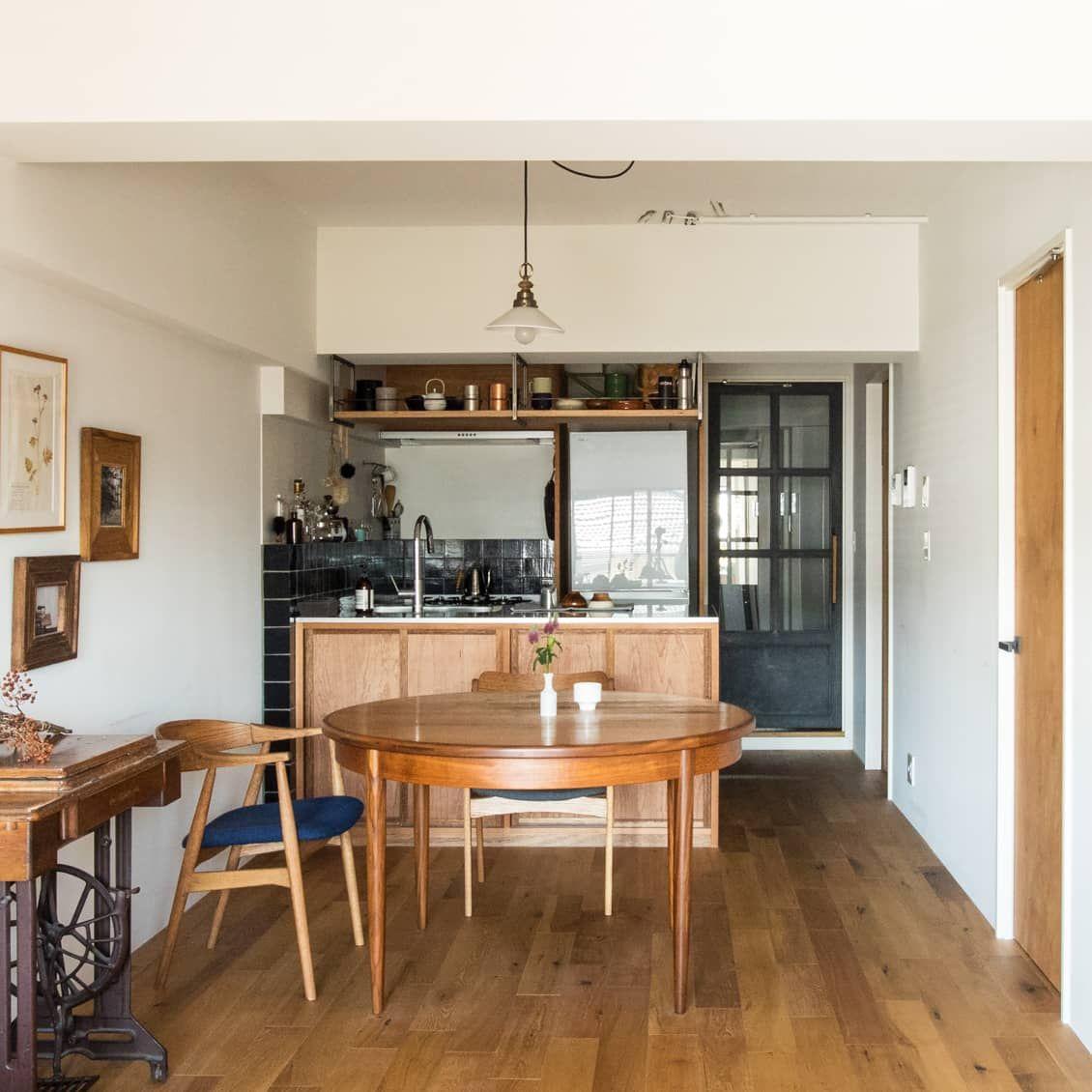 壁も天井もフル活用 4帖 でも使いやすく すっきり収納のキッチンづくり 狭いキッチン レイアウト キッチンレイアウト 造作キッチン