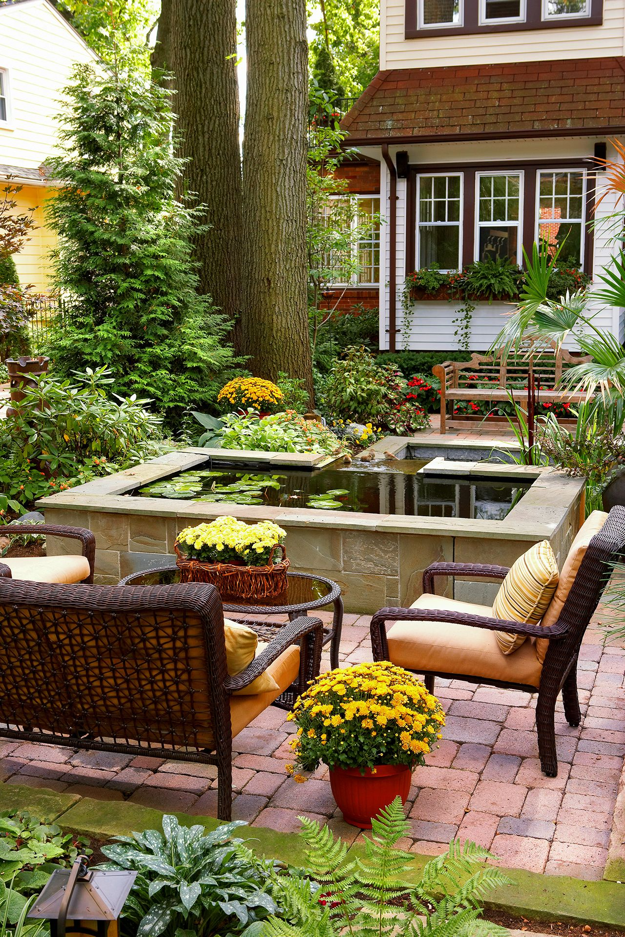 20 Landscaping Ideas to Perk Up Your Backyard   Small ... on Courtyard Pond Ideas id=36816