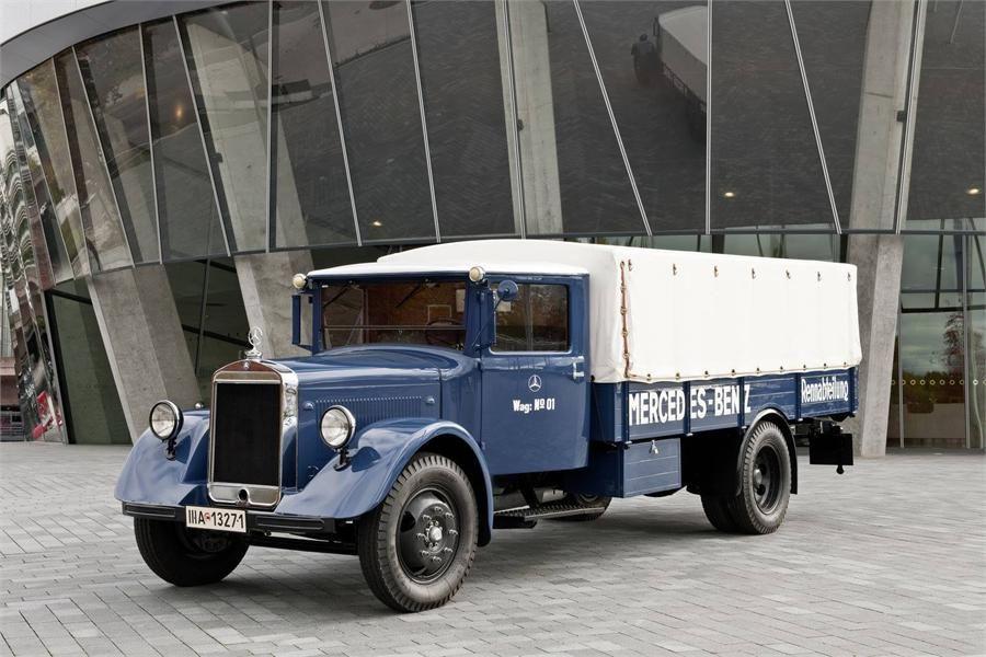 1939 Mercedes Delivery Truck For Krombacher Beer Beer Truck