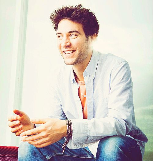 Meet Jesse Fisher, played by How I Met Your Mother's Josh Radnor.