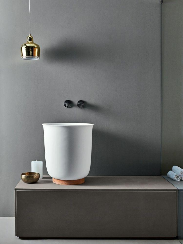 waschbecken modern pendelleuchte gold badezimmer armaturen schwarz ...
