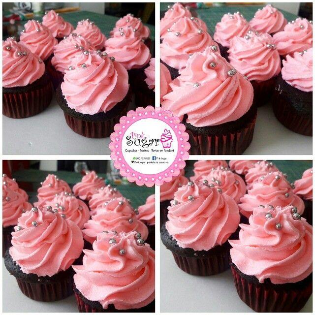Cupcakes personalizados pinksugar #pinksugar #cupcakes  #homemade  #casero  #barranquilla #pasteleria #reposteriacreativa #tortas #fondant #reposteriabarranquilla #happybirthday  #cake #baking  #galletas #cookies  #pinksugar #buttercream #vainilla #oreo #passionfruit #cupcakesbarranquilla