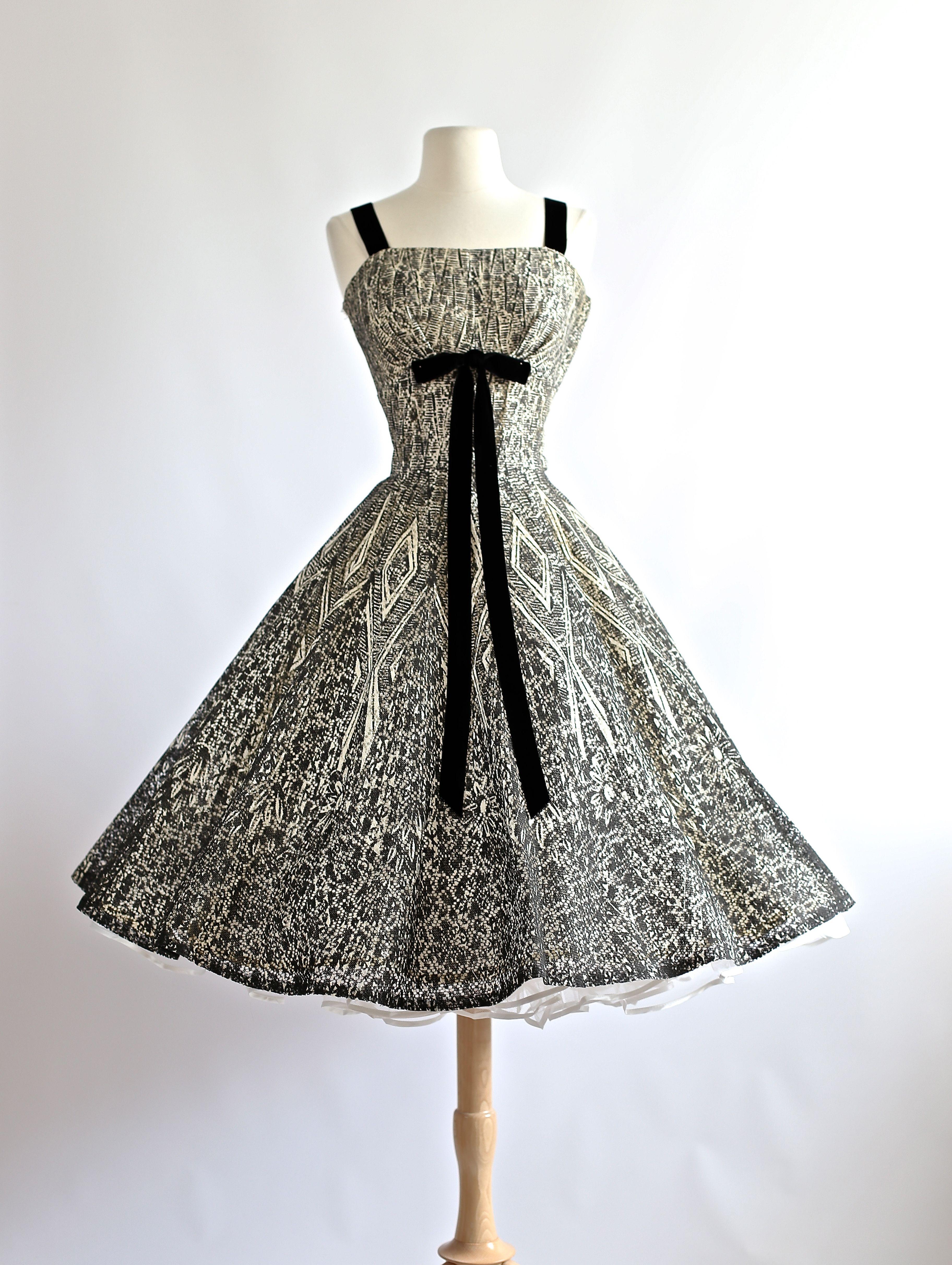 Vintage 1950's Dress at Xtabay Vintage.
