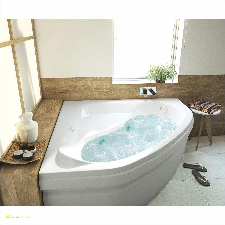 Tapis De Balneotherapie Pour Baignoire Dans Plusieurs Styles De Decoration Corner Bathtub Bathtub Bathroom