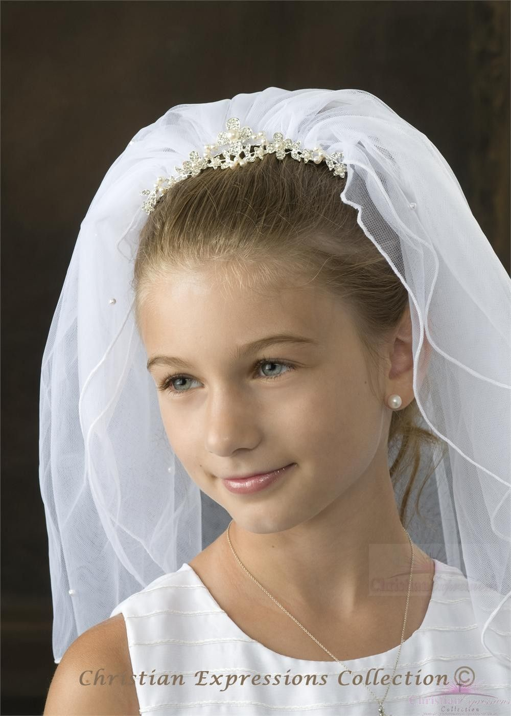 6e45fe36a1fff First Communion Crown Veil Pearls Comb Attached | First Communion ...