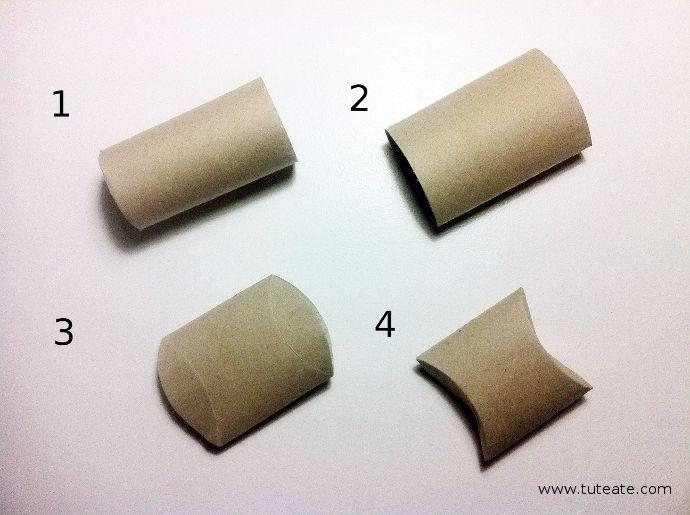 C mo convertir un rollo de papel wc en una cajita de for Cajas de regalo de carton