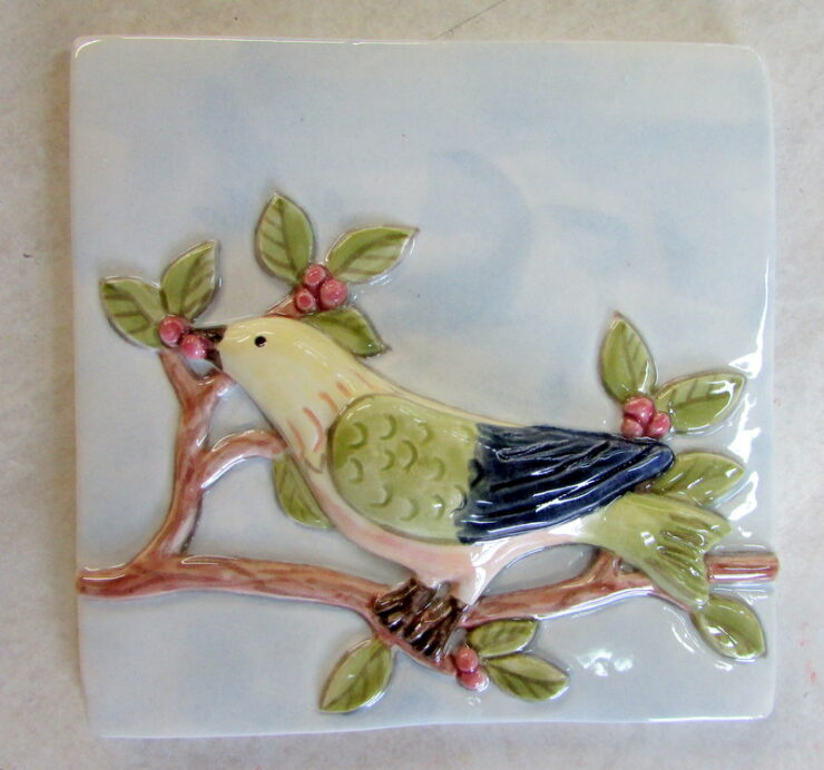 Single Glaze Bird On A Vine Pattern Far Ridge Ceramics In 2020 Ceramic Birds Hand Painted Ceramics Hand Painted