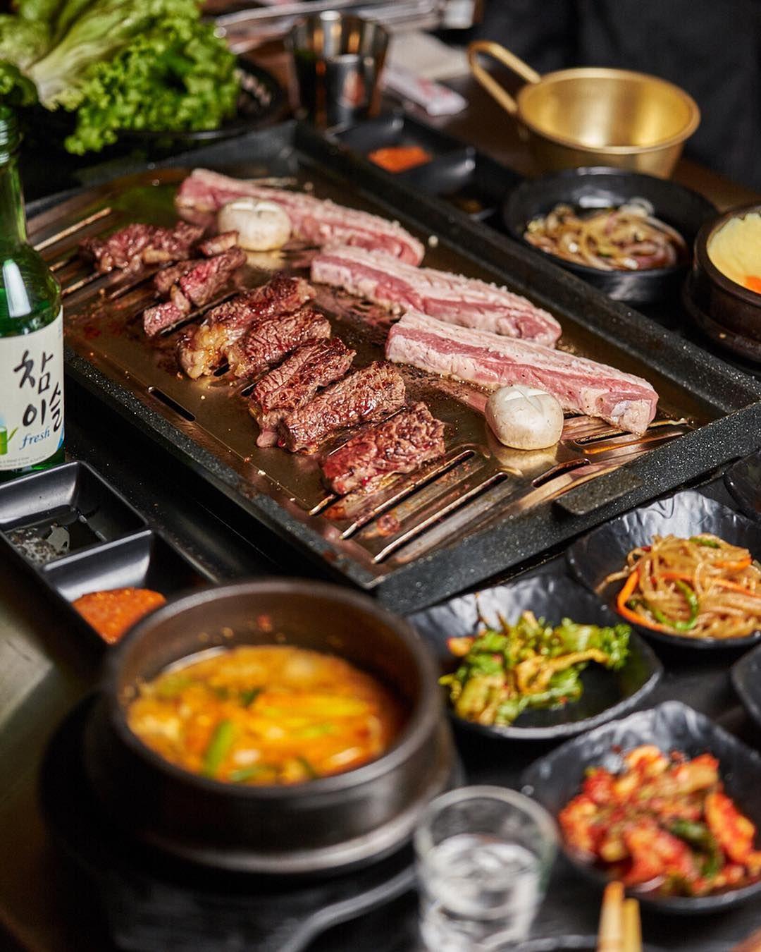 Busangalmaegibbq Is Toronto S New Spot For Korean Bbq Bbqto Opticalmealfinder Korean Bbq Bbq Food