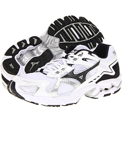 new products e5d08 47da0 Mizuno at Zappos. Free shipping, free returns, more happiness!