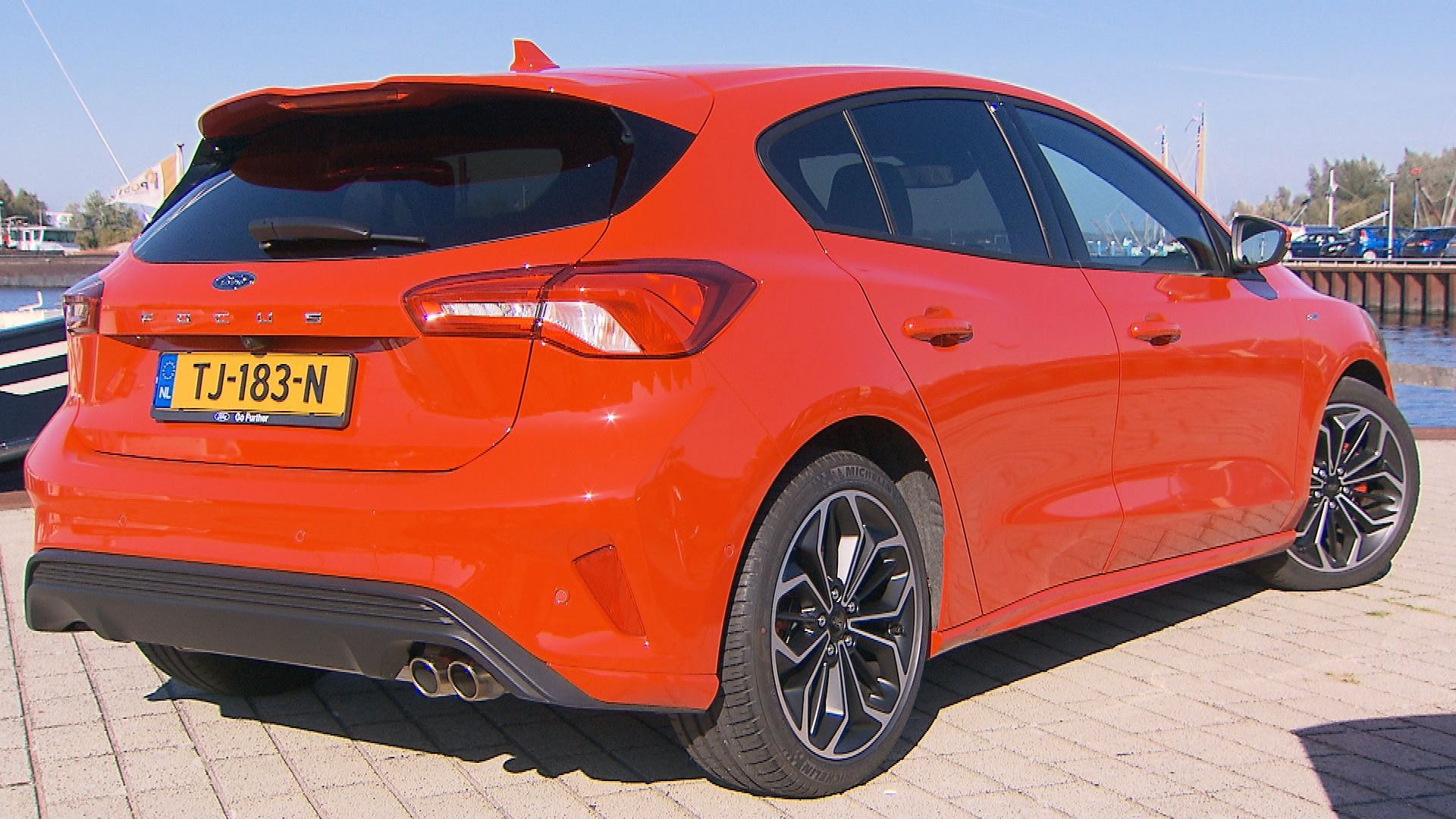 Ford Focus St Line 2019 1 0 Eco Boost Met Tom Coronel Ford