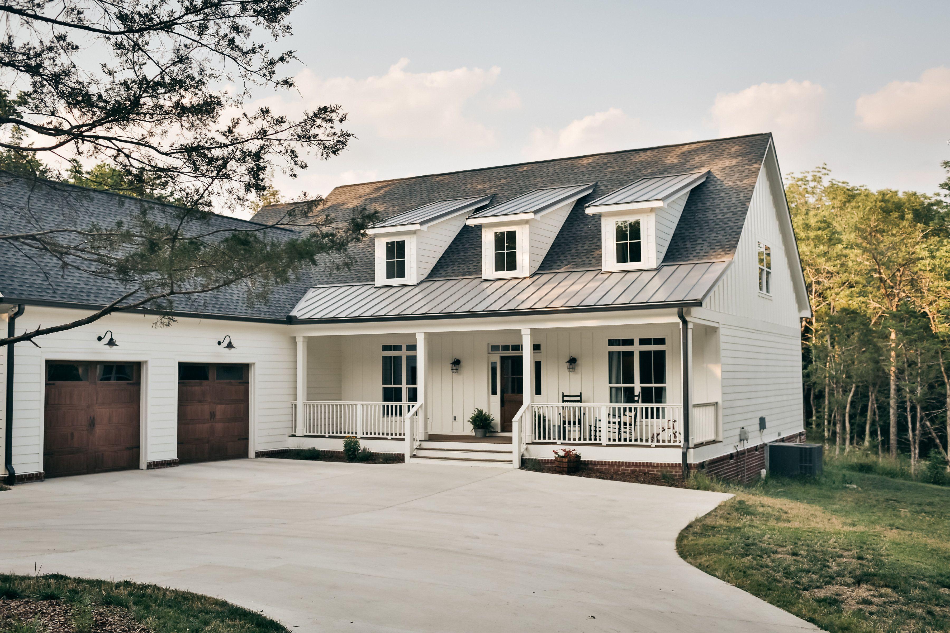 953 Ambrose Boulevard Nelson Design Group Farmhouse Style