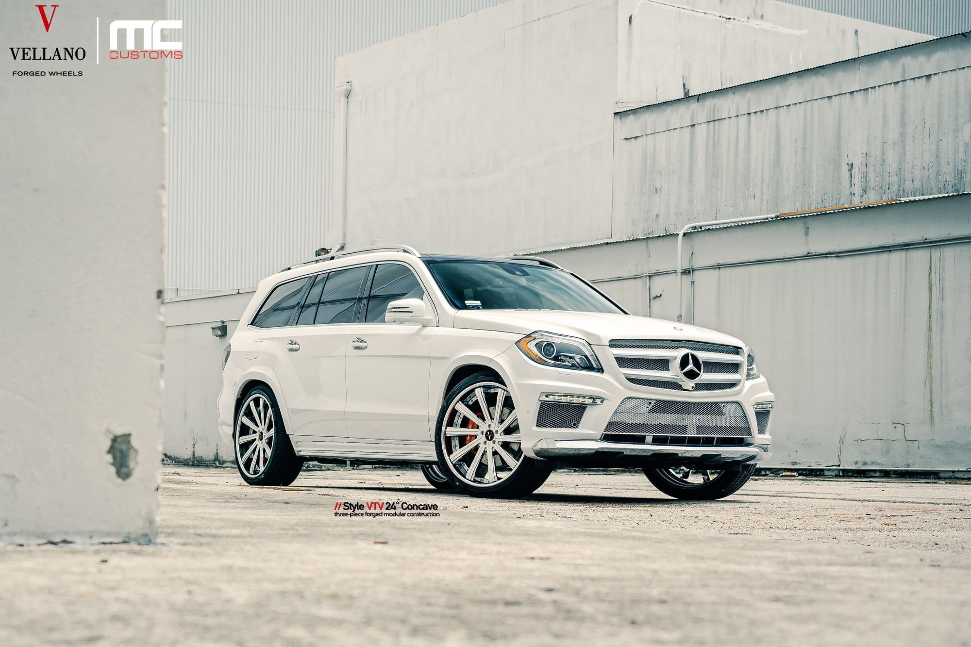 Mercedes benz gl550 rolling on a set of vellano vtv 24 concave