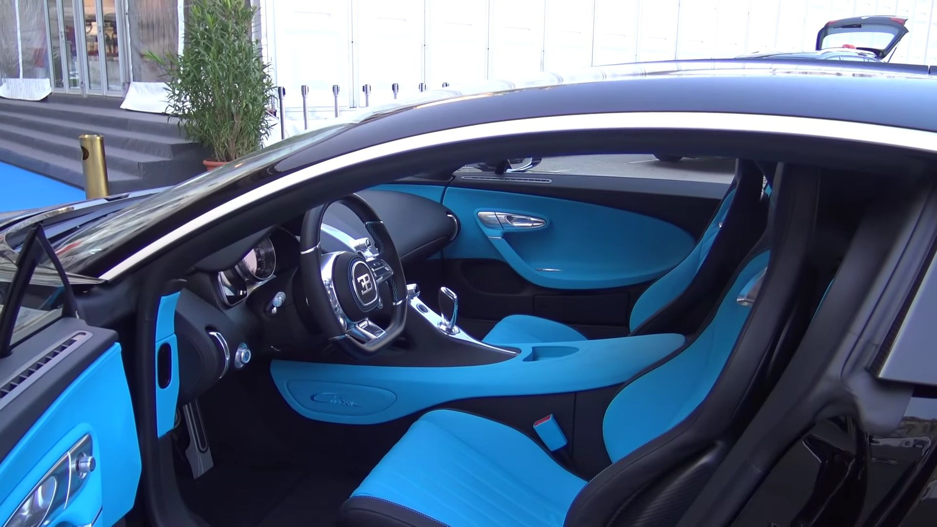 bugatti chiron blue interior recherche google cars pinterest. Black Bedroom Furniture Sets. Home Design Ideas