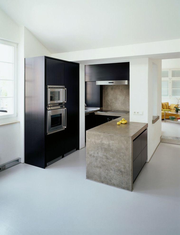 beton cire verarbeitung auf fliesen wohn design. Black Bedroom Furniture Sets. Home Design Ideas