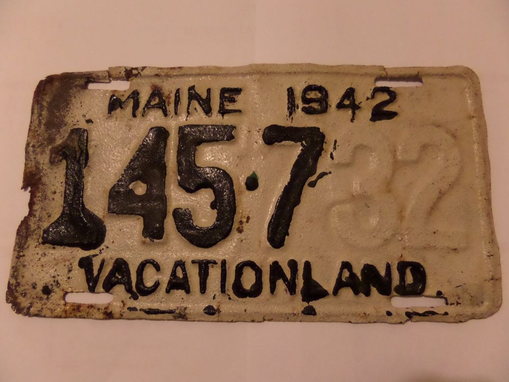 1942 MAINE 145732 LICENSE PLATE $2.60 SHIPPING