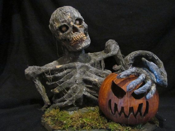 Free shipping Halloween Zombie Groundbreaker by H Baker Studio - zombie halloween decorations