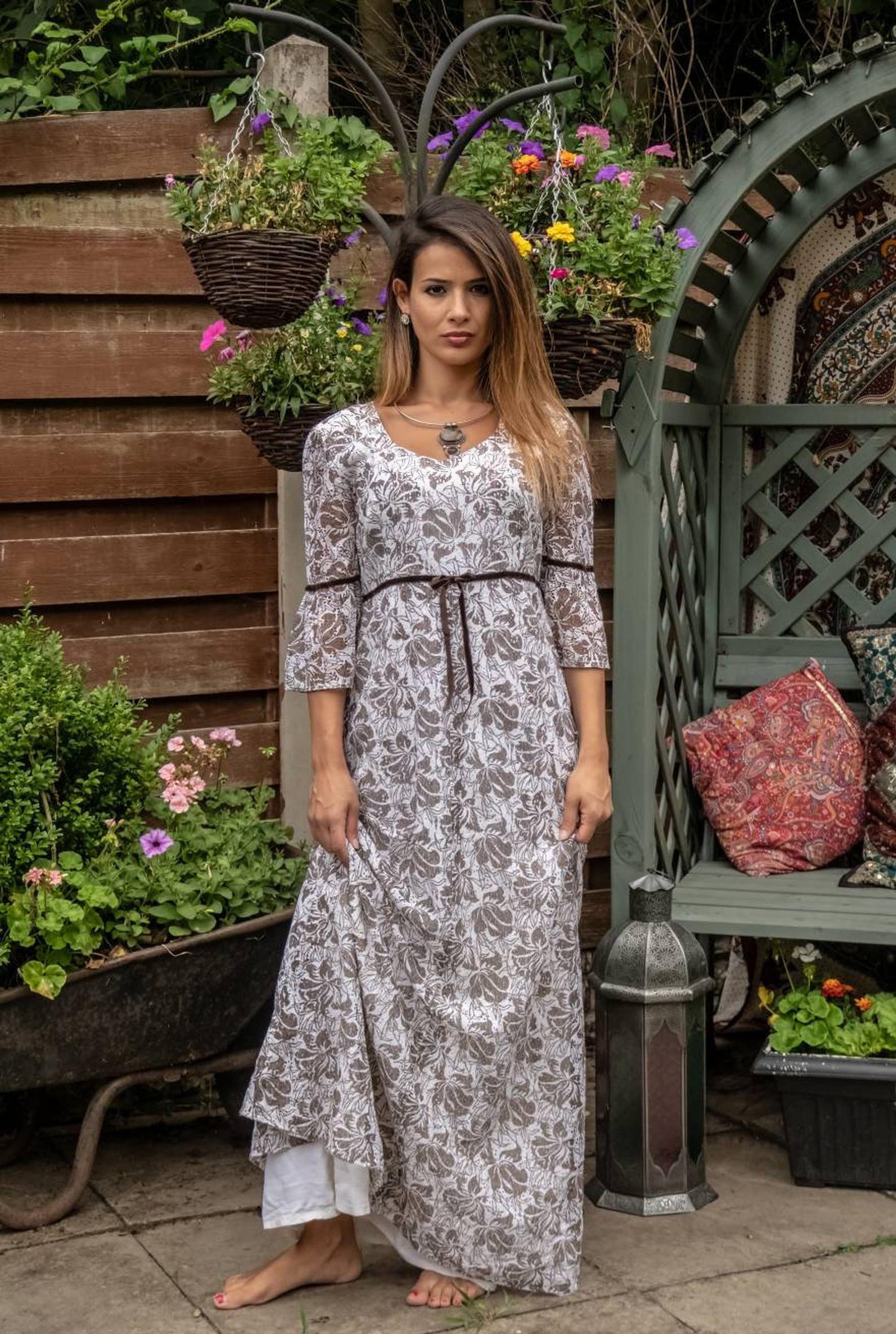 1970 S Dress Floral Dress Maxi Dress Hippie Clothes Bohemian Dress Vintage Maxi Dress Retro Dress Maxi Dress Vintage Maxi Dress Dresses [ 2365 x 1588 Pixel ]