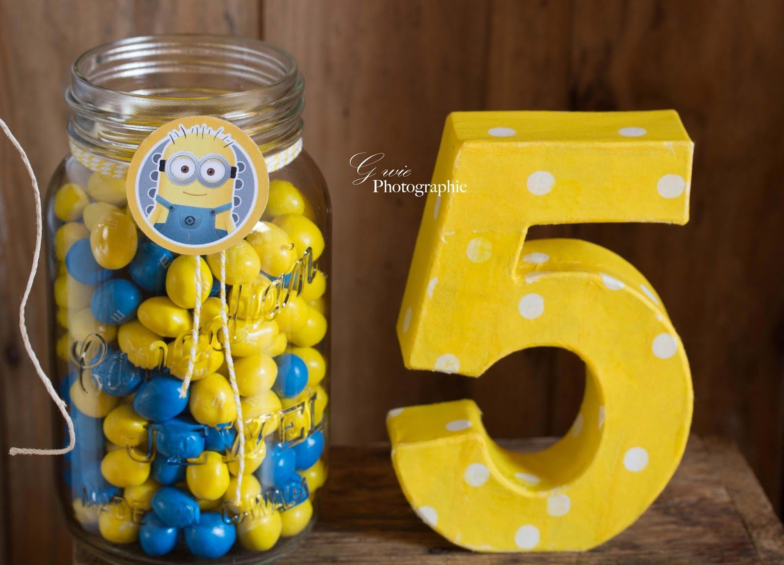 g wie 5 geburtstag glenn minions sweet table mishas birthday pinterest minion. Black Bedroom Furniture Sets. Home Design Ideas