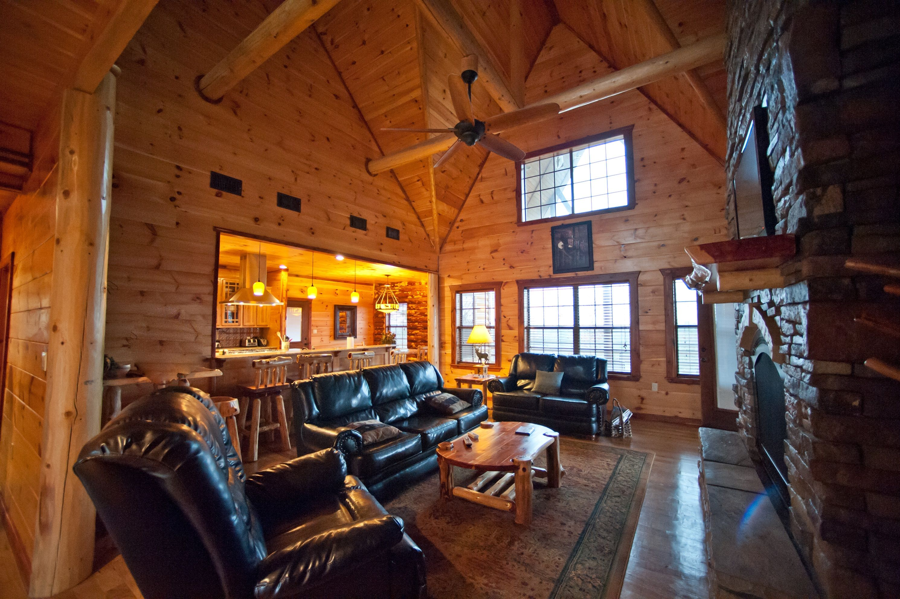 rentals cabin hot in sale sleep for lake oklahoma tub with cabins bend rent luxury beavers