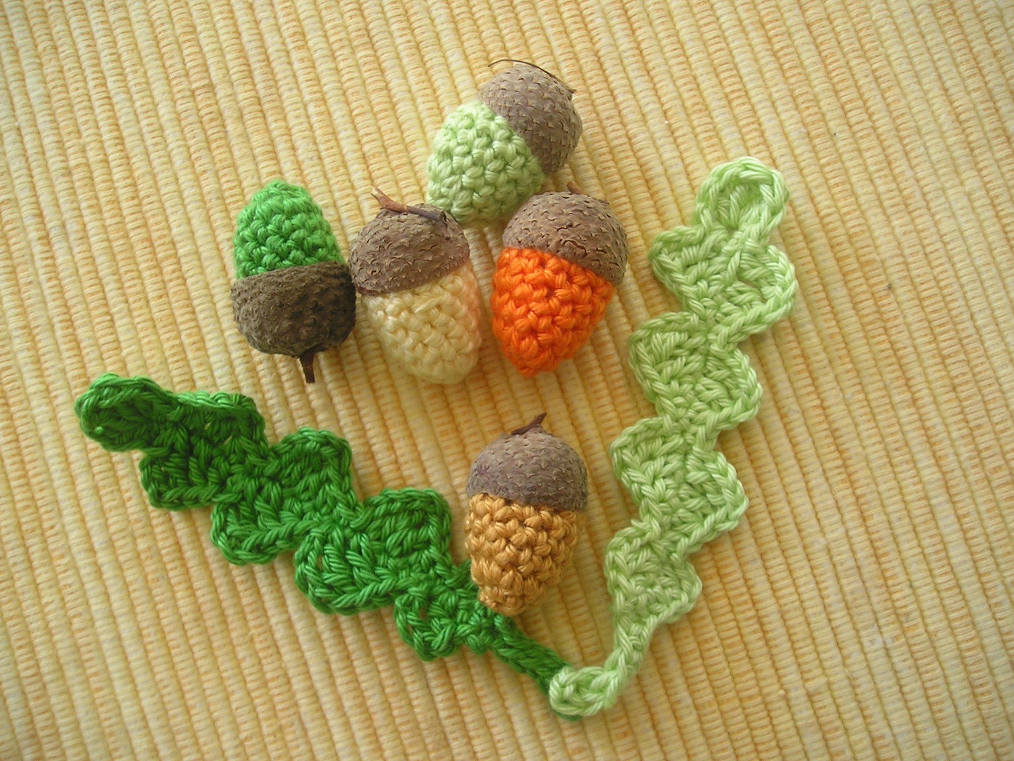 5 Crochet Acorns With Two Leaves Nature Cap Real Acorn Cap Fall