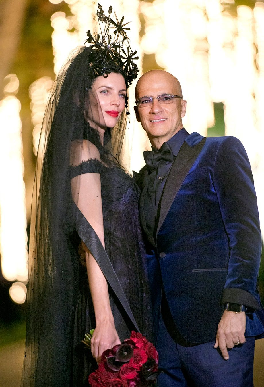 Liberty Ross Jimmy Iovine Reveal Their Wedding Photo Wears An Epic Headpiece And A Vintage Black Gown In This From Her