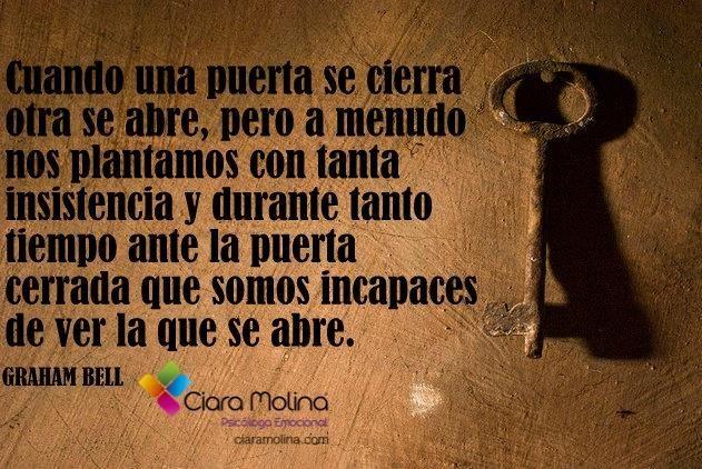 NO PERMANEZCAMOS INMÓVILES... (((Sesiones y Cursos Online www.ciaramolina.com #psicologia #emociones #salud)))