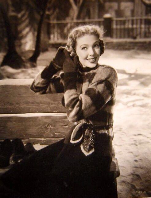 Loretta Young DIEULOIS