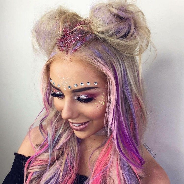 Bunte Haare Selber Machen Fasching Look Hair Party Ideas Festival Haar Glitzer Make Up Haar Styling