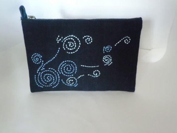 サイズ  16.5×17.5  柔らかい布です。    お財布に収まりにくい通帳を収納サイズ。|ハンドメイド、手作り、手仕事品の通販・販売・購入ならCreema。