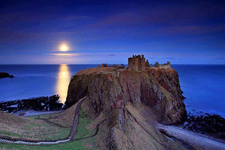 Dunnotar castle#Scotland
