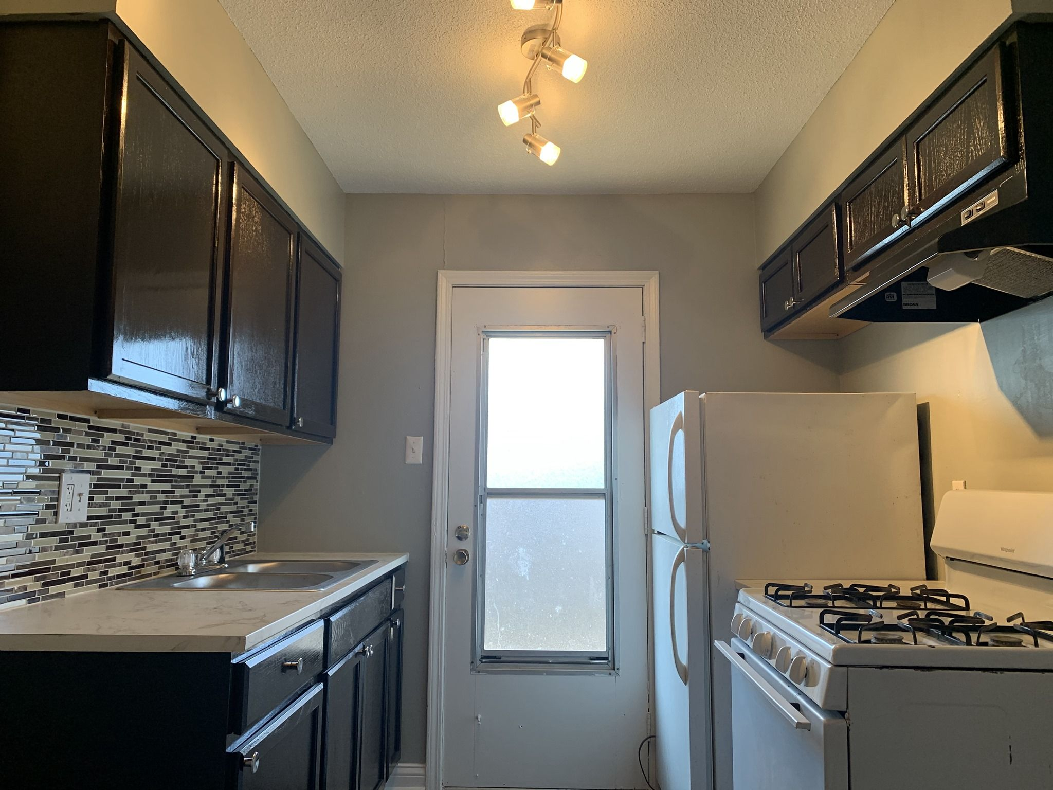Cottonwood Apartments Memphis Tn Renting A House Apartment Two Bedroom Apartments