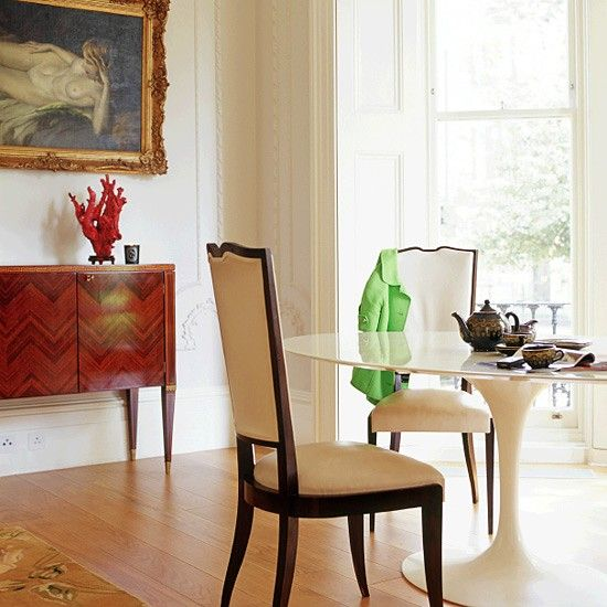 Modern Victorian dining room & Dining room with vintage and modern accessories | Tulip table ...