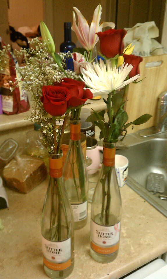 can never go wrong with moscato and flowers