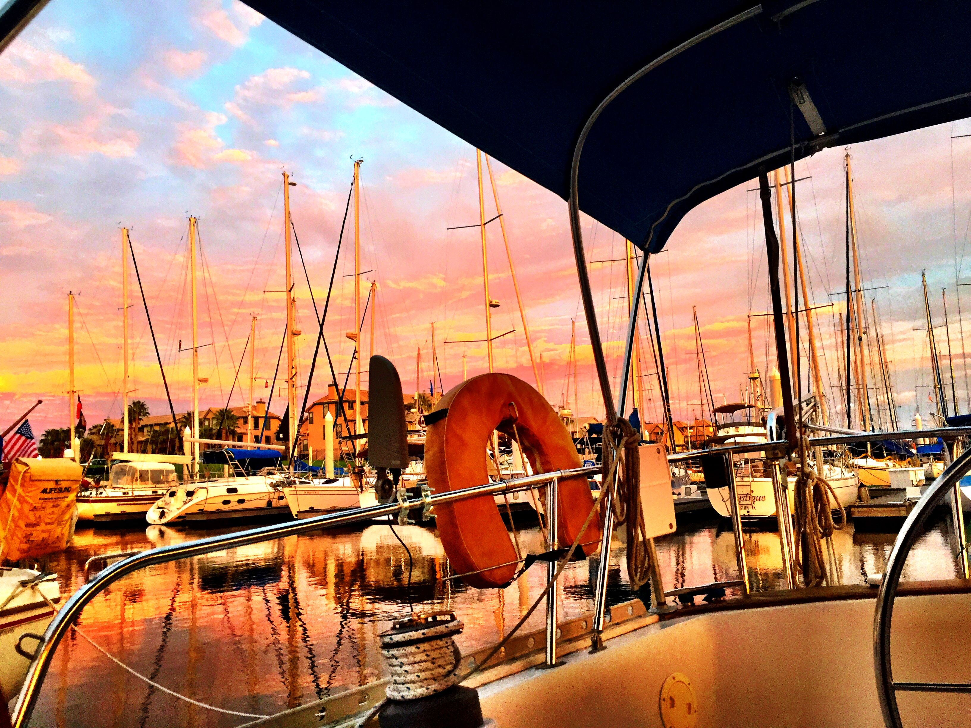 35 essentials for liveaboard cruisers - what to bring and